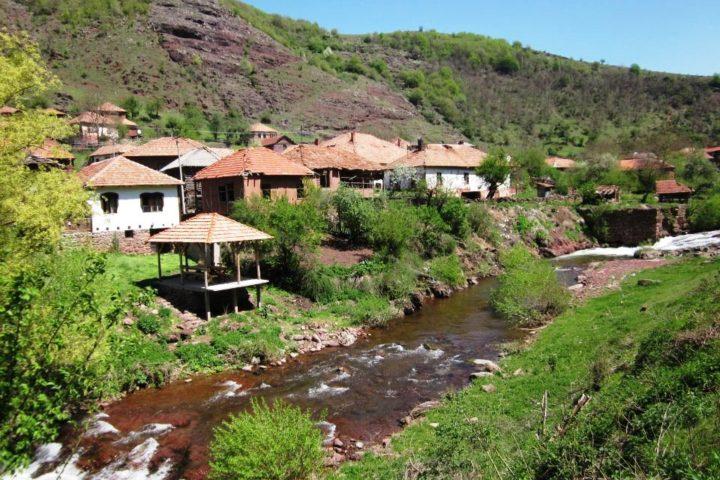 village Topli Do, Stara planina