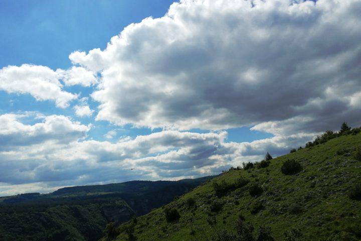 hiking canyon Uvac