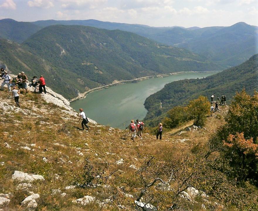 Djedap hiking