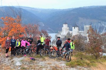 Golubac fortress cycling tour
