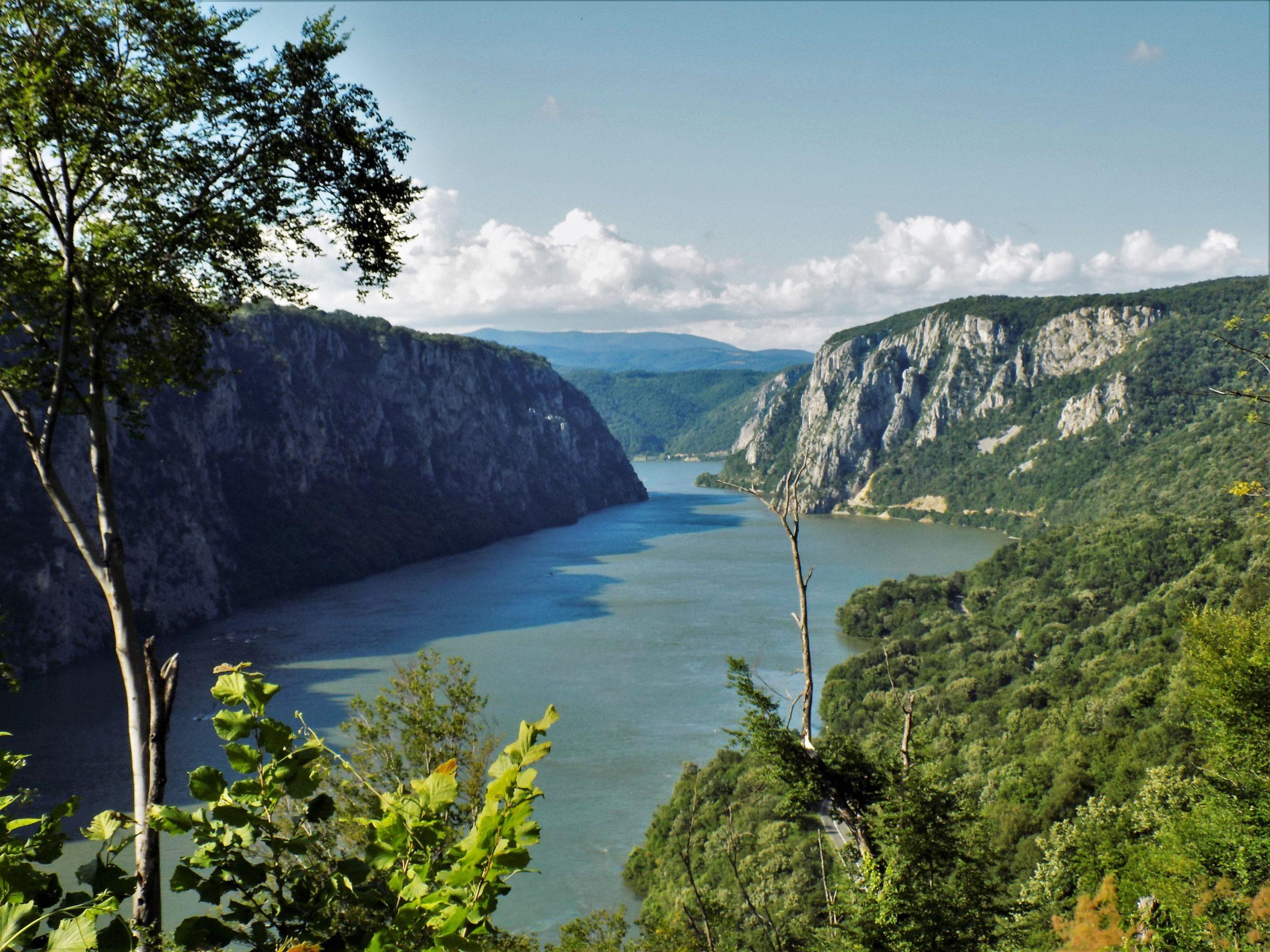 Miroč hiking, Veliki Štrbac-rezervat Djerdapske klisure