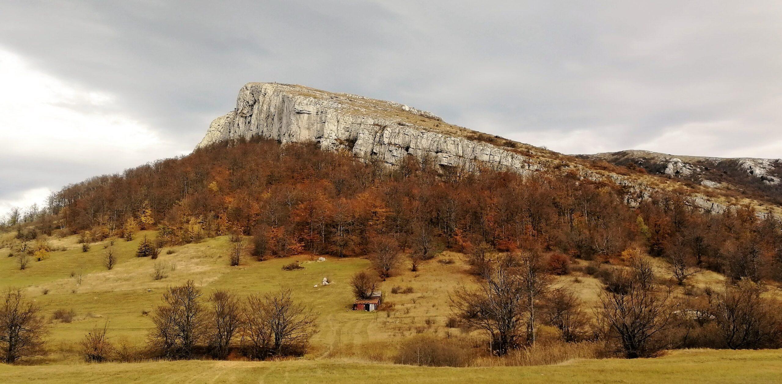 Borski Stol i Veliki krš planinarenje